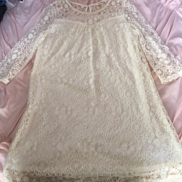 Dresses & Skirts - 3 for $12 Half Sleeve Lace Dress
